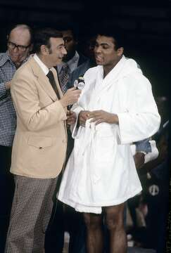 Boxer Fighter Robe Remembering Muhammad A...
