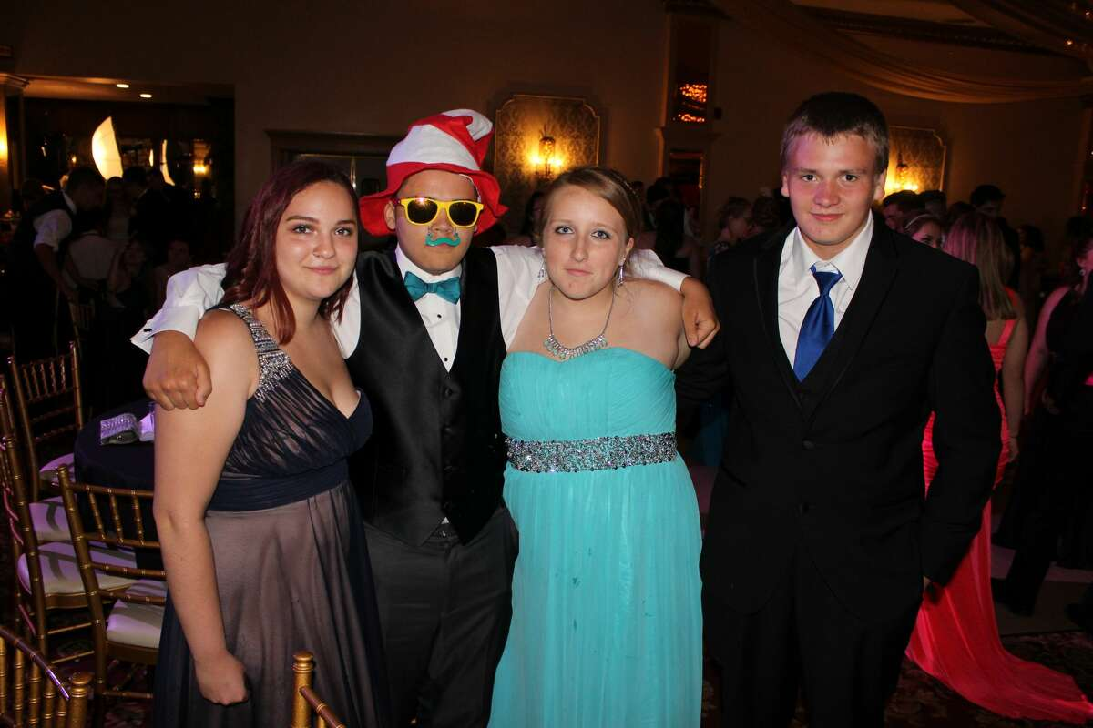 Were you Seen at the Ravena-Coeymans-Selkirk Prom at Mallozzi's in Rotterdam on Friday, June 3, 2016?