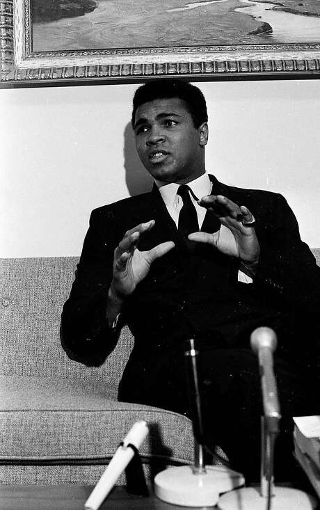Muhammed Ali was booed by an anti-racist crowd at Civic Center. Photo: Peter Breinig / The Chronicle 1968