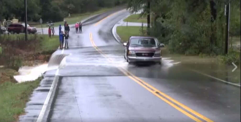 Impressive Video Shows Why People Shouldnt Drive On Flooded Roads - Us weather drive map