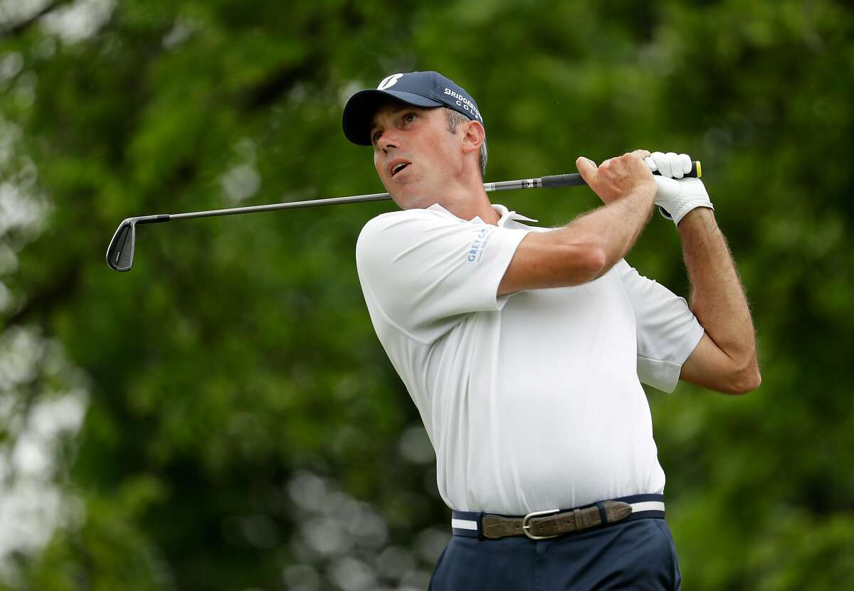 DUBLIN, OH - JUNE 04: Matt Kuchar watches his tee shot on the fourth hole during the third round of The Memorial Tournament at Muirfield Village Golf Club on June 4, 2016 in Dublin, Ohio. (Photo by Andy Lyons/Getty Images)