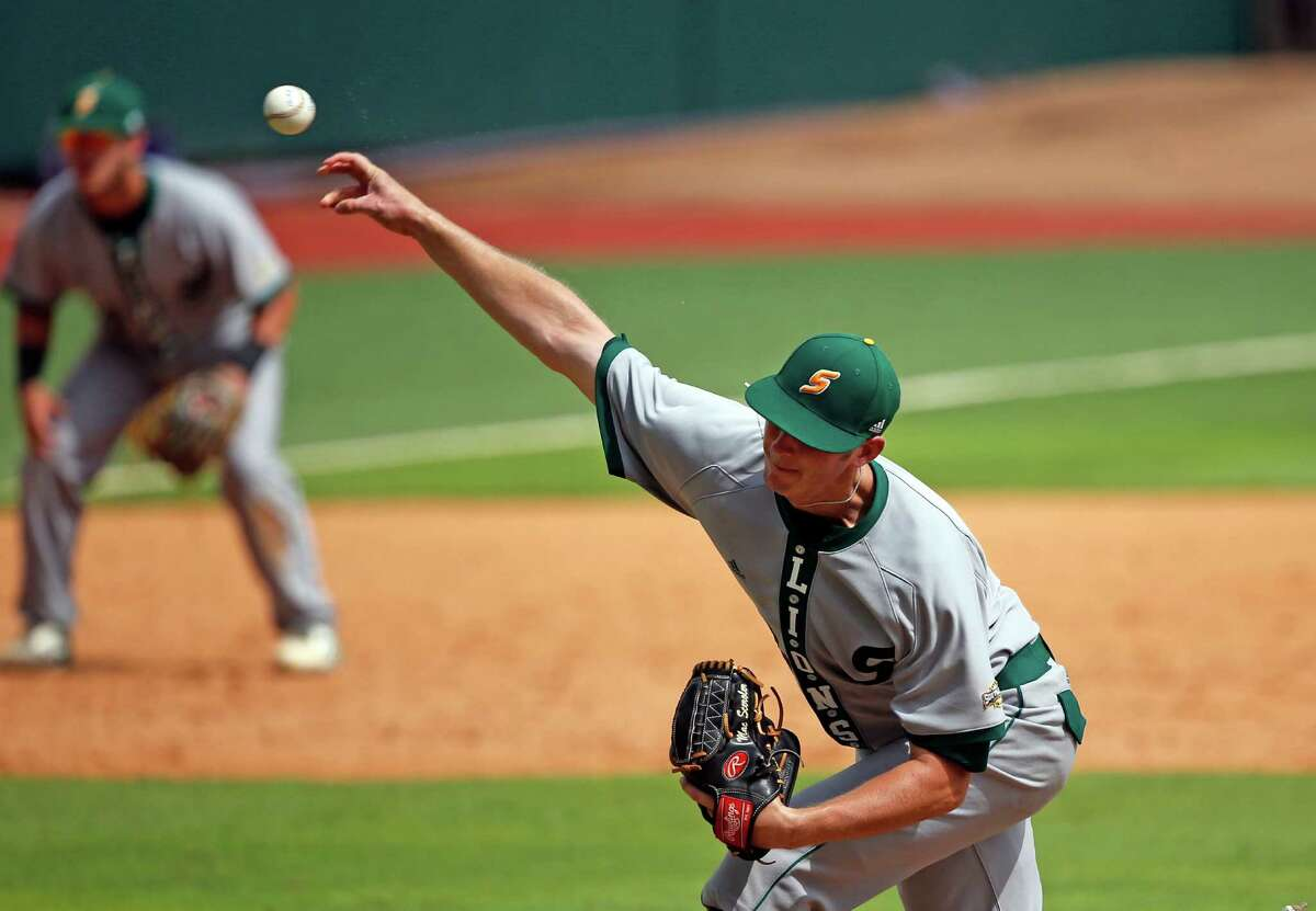 Southeastern Louisiana pitcher Mac Sceroler (12) pitches in the fourth inning of an NCAA college regional tournament baseball game against the Rice in Baton Rouge, La., Saturday, June 4, 2016. (AP Photo/Gerald Herbert)