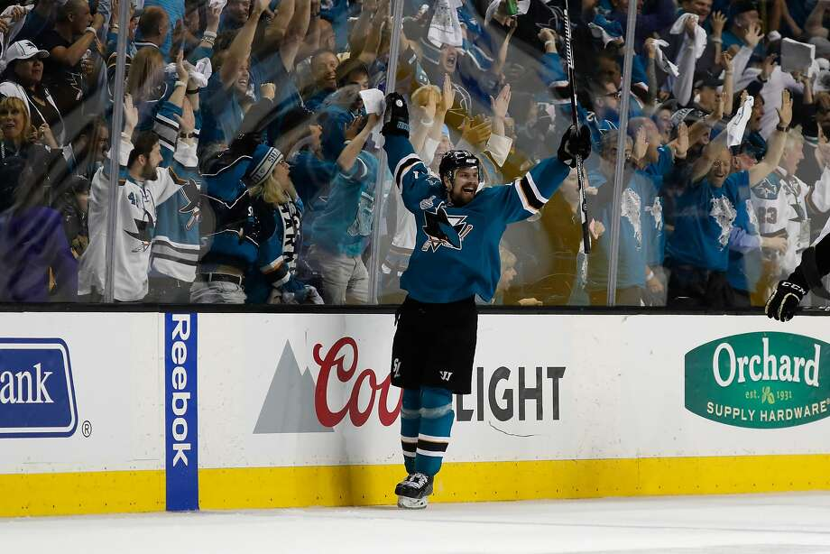 Sharks' Joonas Donskoi a big deal in Finland after game-winner