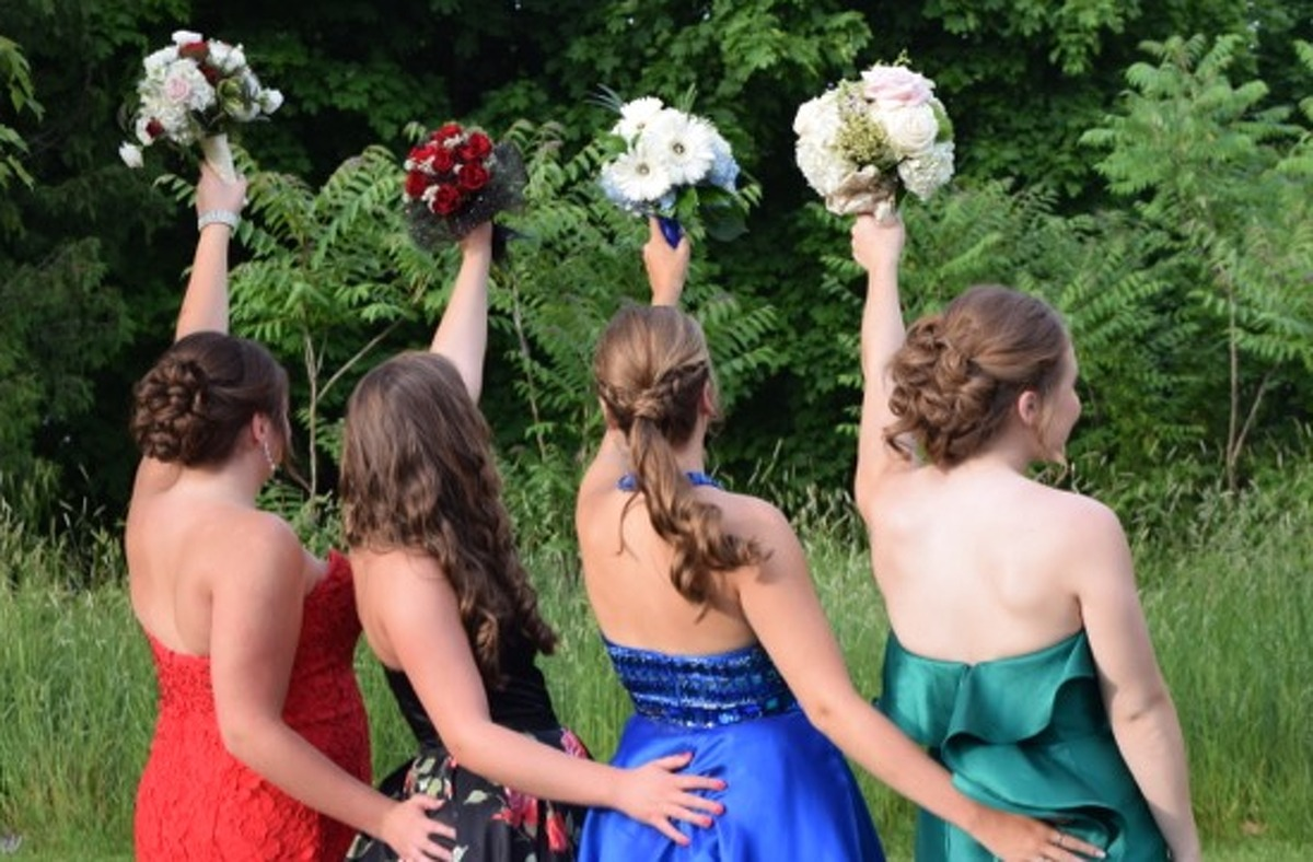 Were you Seen at the Troy High School Senior Prom at the Troy Country Club on Saturday, June 4, 2016?