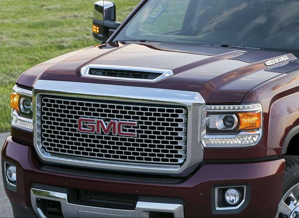 2018 gmc 2500hd diesel. contemporary diesel 2017 gmc sierra denali 2500 hd features an allnew patented air intake  system for 2018 gmc 2500hd diesel