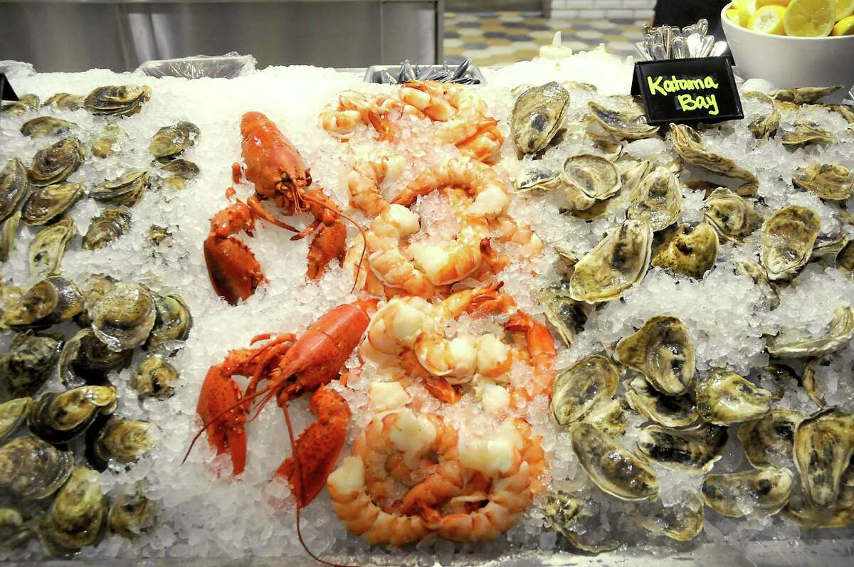 Fresh seafood on ice at the new Steak 48 restaurant in the River Oaks District.