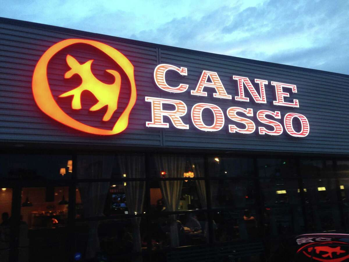 Cane Rosso, a Dallas-based pizza restaurant opening in the Heights at 1835 N. Shepherd.