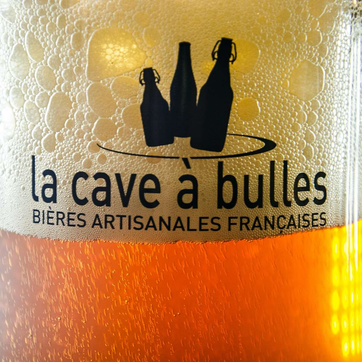 La Cave a Bulles (the Cellar of Bubbles), houses more than 350 different types of beer, two-thirds of which are brewed in France, including this Cuv�e des Jonquilles by Brasserie au Baron of Gussignies.