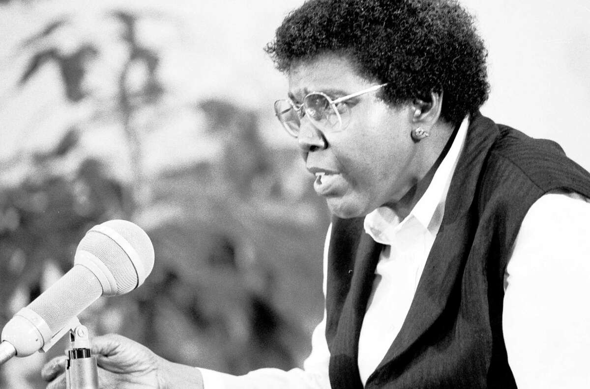 """Jordan hosts """"An Evening with Barbara Jordan"""" at the Lyndon B. Johnson Presidential Library in Austin. She taught at UT after leaving Congress in 1979."""