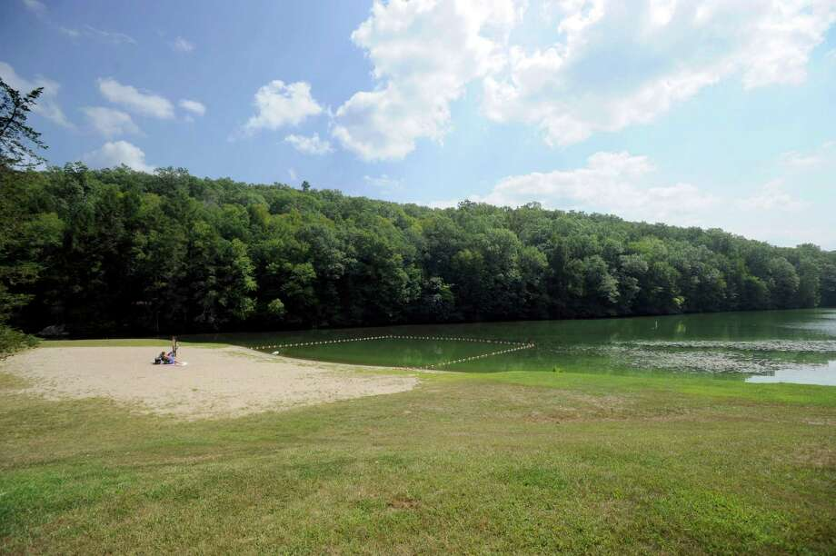 File photo of when Kettletown State Park in Southbury closed to swimming because of blue green algae blooms. Photo Wednesday, Sept. 2, 2015. Photo: Carol Kaliff / Hearst Connecticut Media / The News-Times
