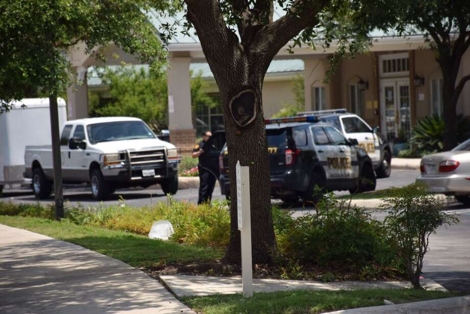 San Antonio police say a fight that broke out at a senior living community on the North Side on Tuesday, June 7, 2016, ended with one man hospitalized. Photo: Mark D. Wilson/San Antonio Express-News