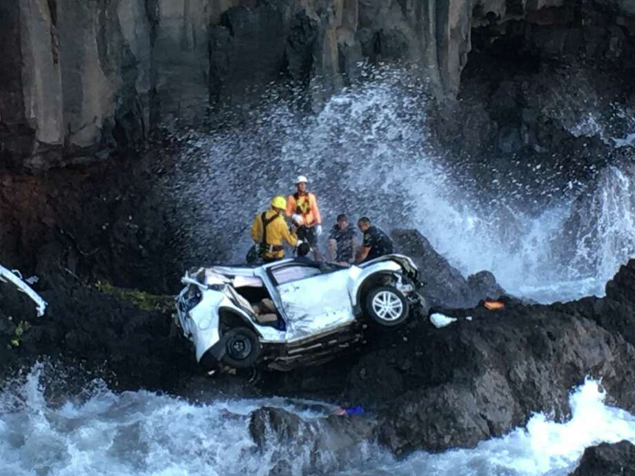Alison Dadow is accused of driving a Ford Explorer off a cliff in Hawaii, killing her twin, Ann, who was in the passenger seat. The surviving twin is charged with second-degree murder.  Photo: Tom Johnson, HONS / Tom Johnson via AP