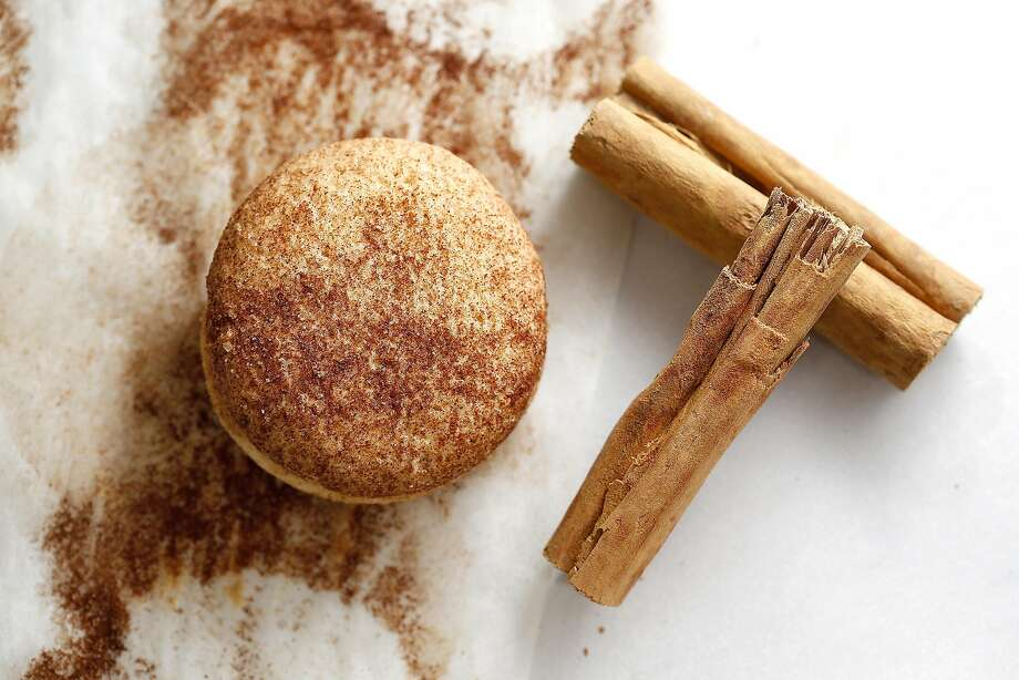 Snickerdoodle alfajores with cinnamon at Wooden Table Baking Co. in Oakland. Photo: Liz Hafalia, The Chronicle