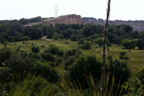 An area near Evans road will become a new park in San Antonio in the north central area of the city. The Classen-Steubing family agreed to sell 204 acres of their ranch to the city of San Antonio. This is one of the last major, undeveloped parcels of land on the North Side and is over the sensitive Edwards Aquifer recharge Zone.