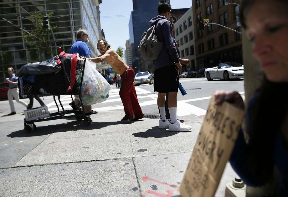 The hot-button issue on the San Francisco ballot regarding homelessness was Proposition Q, which would let city workers remove tents from the street with a 24-hour notice. Photo: Lea Suzuki, The Chronicle