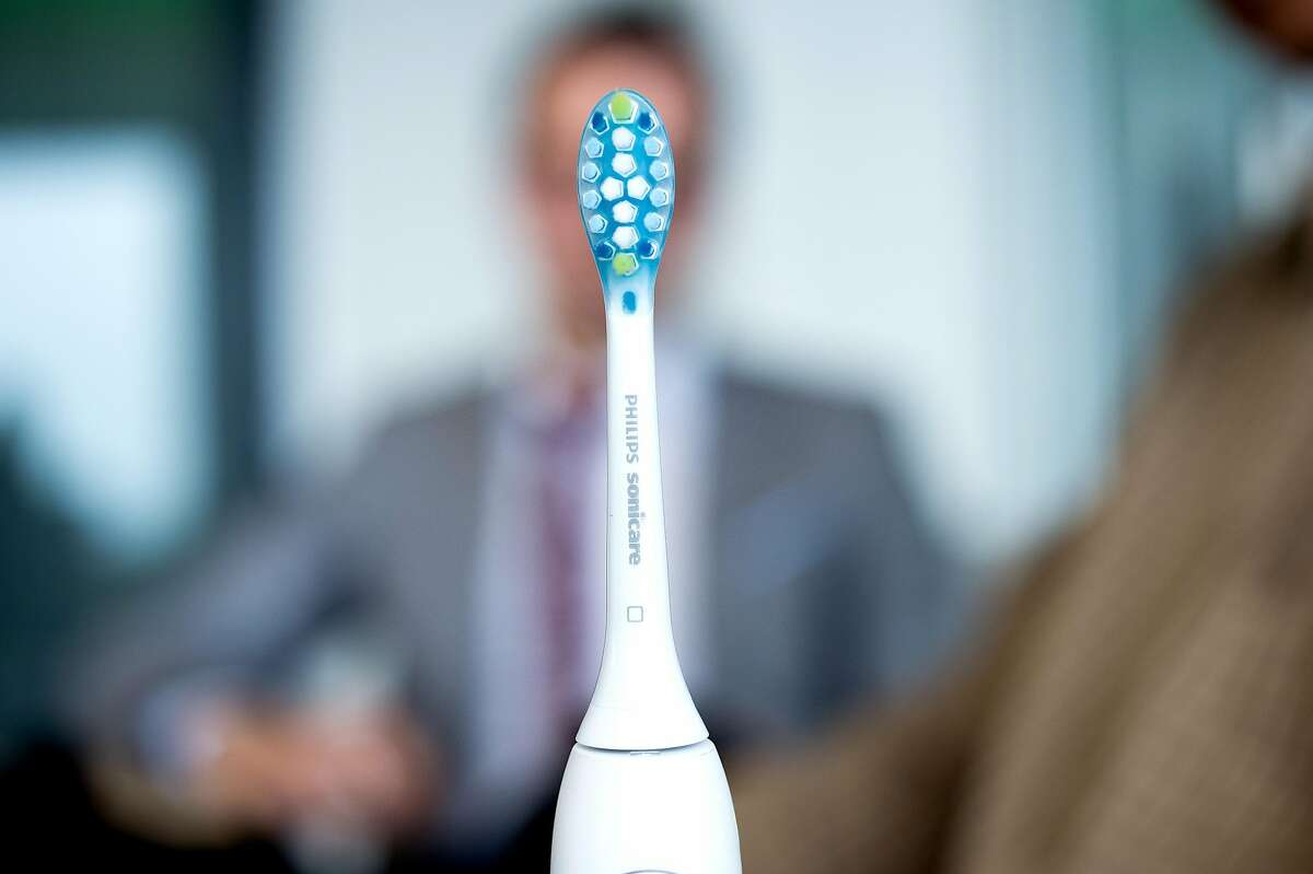 ** EMBARGOED TILL MIDNIGHT PACIFIC THURSDAY JUNE 9 ** A prototype Philips Sonicare FlexCare Platinum Connected smart toothbrush is pictured on Tuesday, June 7, 2016, in San Francisco.