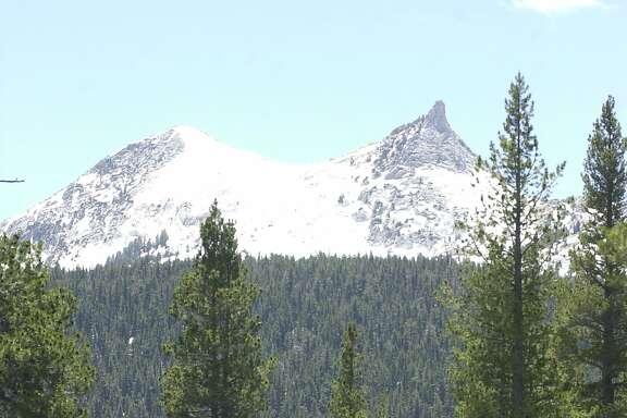 travel_tuolumne20_19.jpg Parsons Memorial Lodge and Unicorn Peak on  6/10/04 in Tuolumne Meadows, Yosemite.  Spud Hilton/The Chronicle