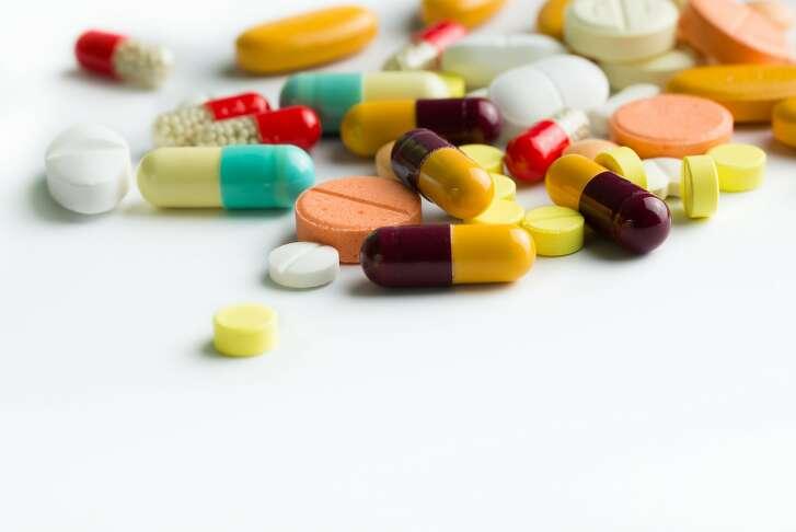 Medicine pills        Variety medicine pills isolated on white background