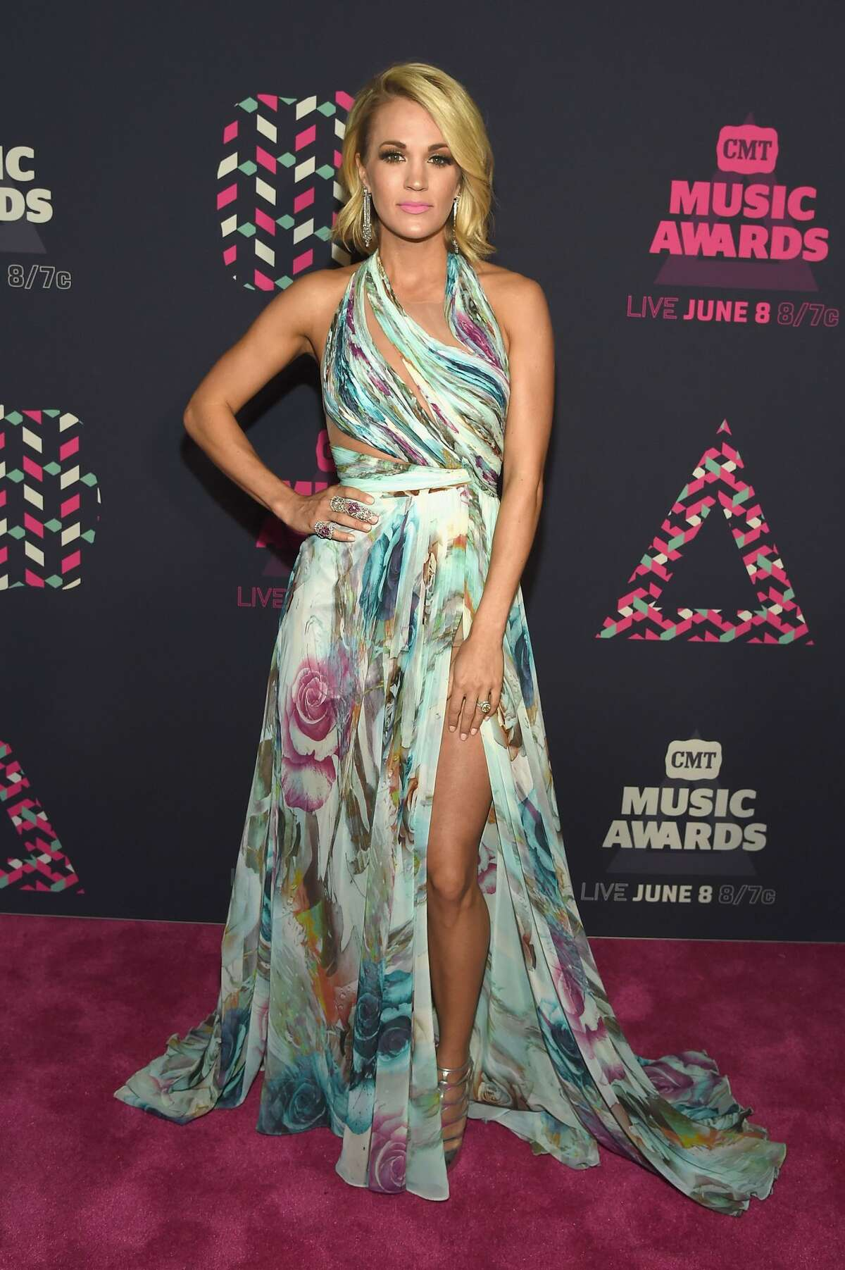 Best: Carrie Underwood Carrie wins the night in this sexy, flowy gown.