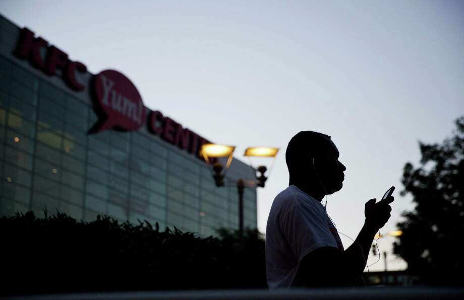 Vince Patton, of Louisville, waits in line for the box office to open for tickets to Muhammad Ali's memorial service Friday at the KFC Yum! Center on Wednesday, June 8, 2016, in Louisville, Ky. Ali's memorial service Friday looms as one of the most historic events in Louisville's history. (AP Photo/David Goldman) ORG XMIT: KYDG101 Photo: David Goldman / Copyright 2016 The Associated Press. All rights reserved. This m