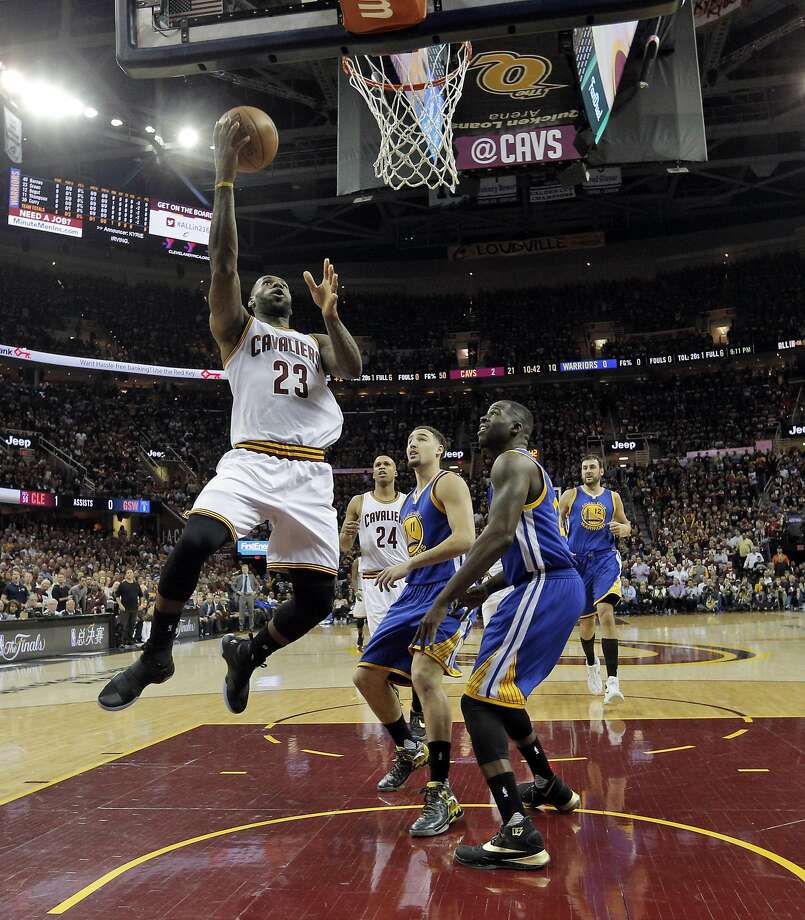 Lebron James (23) takes it to the hoop in the first half as the Golden State Warriors played the Cleveland Cavaliers in Game 3 of the NBA Finals at Quicken Loans Arena in Cleveland, Ohio, on Wednesday, June 8, 2016. Photo: Carlos Avila Gonzalez, The Chronicle