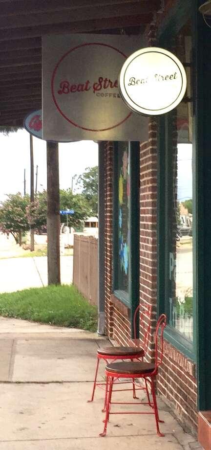 Front entrance of Beat Street Coffee Co., just off Blanco Road in the Beacon Hill neighborhood. Photo: Edmund Tijerina /San Antonio Express-News