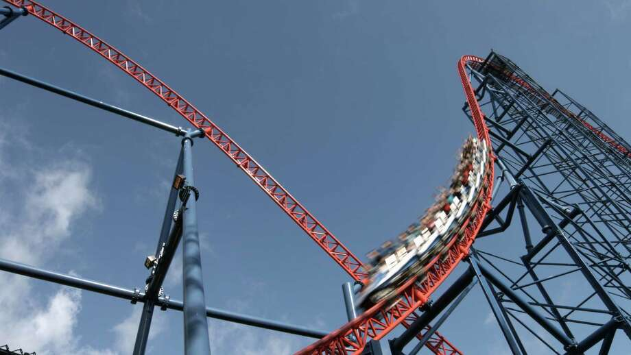 Six Flags New England is launching one of the first virtual reality roller coasters in North America with Superman The Ride. Photo: Contributed: Jennifer McGrath / Connecticut Post