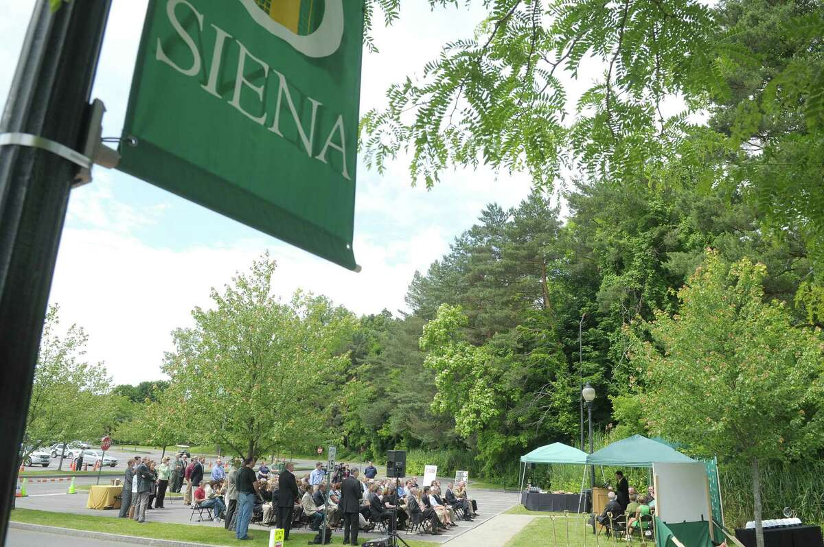 Siena College : 11 reported rapes in 2014, or 3.5 per 1,000 students.