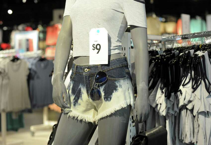 Fashion and retail Produces the most state-leading fortune in 8 states Source: Forbes