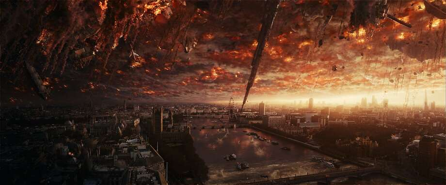 """Aliens attack London in """"Independence Day: Resurgence,"""" the sequel to the 1996 blockbuster, opening at Bay Area theaters on Friday, June 24. Photo: Twentieth Century Fox."""
