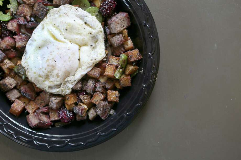 King's Hwy Brew n Q Address: 1012 N. Flores St., 210-277-7174, kingshwybnq.com Brunch Hours: 10 a.m.-3 p.m. Sunday  Brunch menu price range: $6-$10 Read a review of King's Hwy Brew n 'Cue Photo: William Luther /San Antonio Express-News / © 2016 San Antonio Express-News