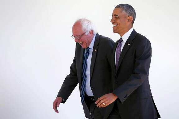 WASHINGTON, DC - JUNE 09:  Democratic presidential candidate Sen. Bernie Sanders (D-VT) (L) walks with President Barack Obama (R) through the Colonnade as he arrives at the White House for an Oval Office meeting June 9, 2016 in Washington, DC. Sanders met with President Obama after Hillary Clinton has clinched the Democratic nomination for president. (Photo by Alex Wong/Getty Images) *** BESTPIX ***