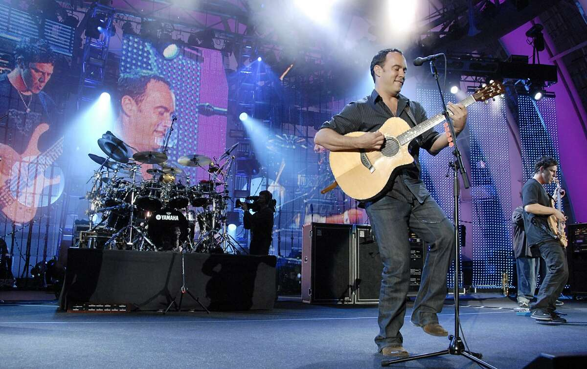 Dave Matthews Band make their triumphant return to the Mohegan Sun Arena after six years on Sunday. Find out more.