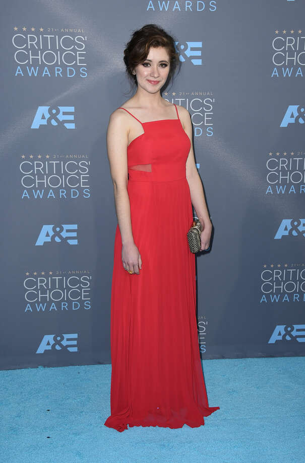 Noel Wells arrives at the 21st annual Critics' Choice Awards at the Barker Hangar on Sunday, Jan. 17, 2016, in Santa Monica, Calif. (Photo by Jordan Strauss/Invision/AP)