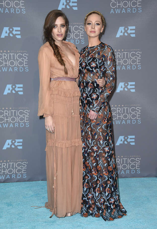 Carly Chaikin, left, and Portia Doubleday pose in the press room at the 21st annual Critics' Choice Awards at the Barker Hangar on Sunday, Jan. 17, 2016, in Santa Monica, Calif. (Photo by Jordan Strauss/Invision/AP)