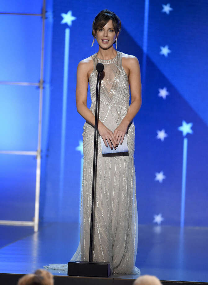 Kate Beckinsale presents the award for best actor at the 21st annual Critics' Choice Awards at the Barker Hangar on Sunday, Jan. 17, 2016, in Santa Monica, Calif. (Photo by Chris Pizzello/Invision/AP)