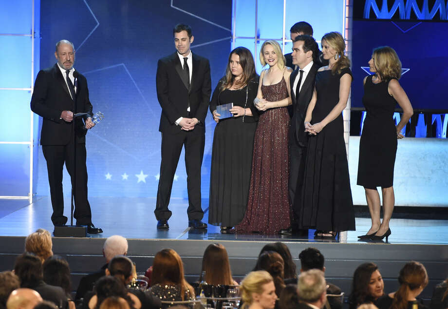 "Steve Golin, left, and the cast and crew of ""Spotlight"" accept the award for best picture at the 21st annual Critics' Choice Awards at the Barker Hangar on Sunday, Jan. 17, 2016, in Santa Monica, Calif. (Photo by Chris Pizzello/Invision/AP)"