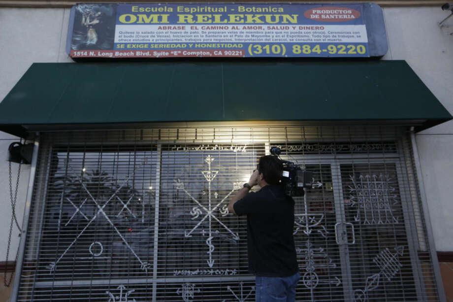 Skull found at LA-area spiritual shop prompts investigation - The Hour