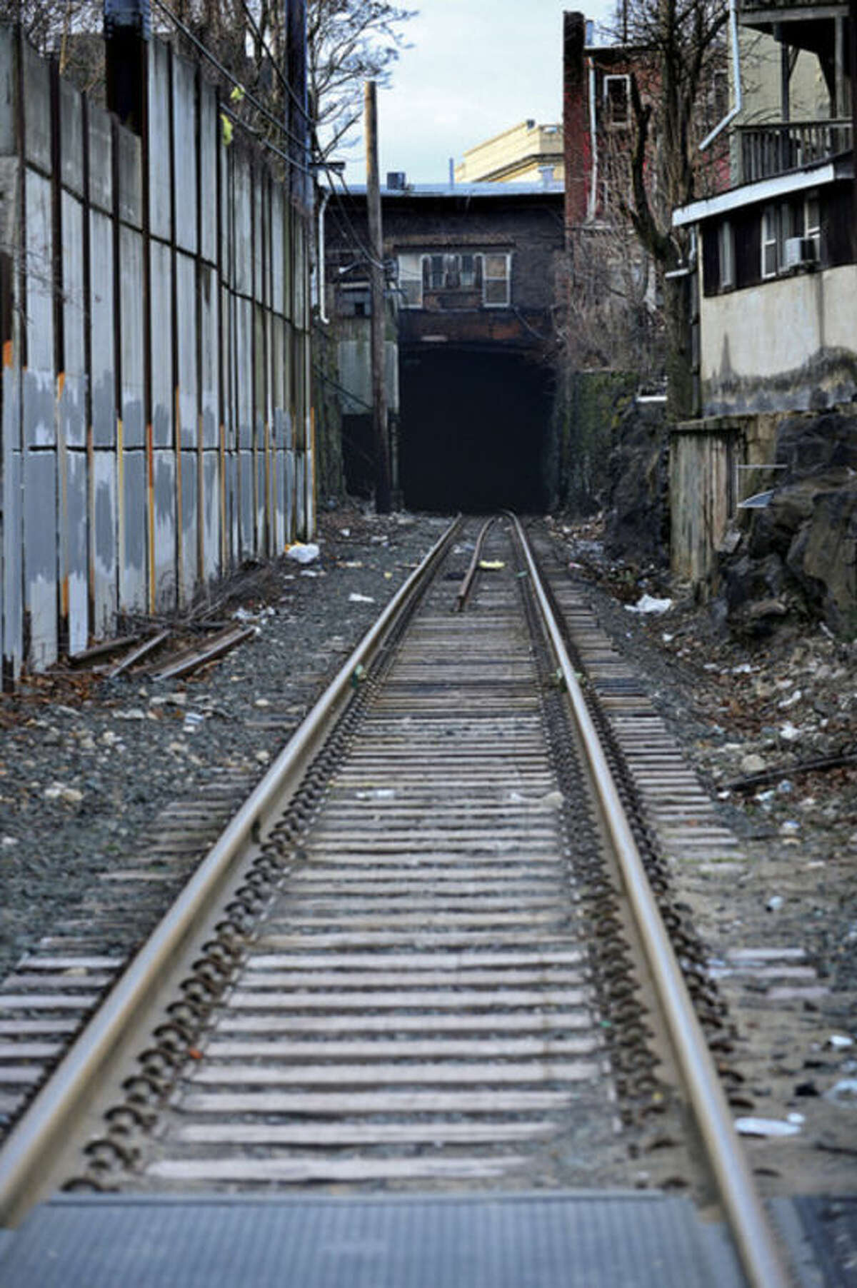 Hour photo / Erik Trautmann ConnDOT proposed location for construction over Metro-North railroad.