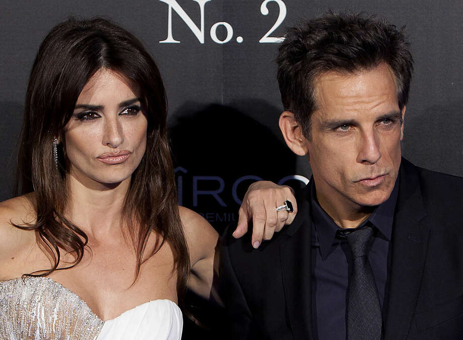Spanish actress Penelope Cruz, left, and U.S actor Ben Stiller, right, pose for the photographers during the premiere of: 'Zoolander 2' in Madrid, Spain, on Monday, Feb. 1, 2016. (AP Photo / Abraham Caro Marin)