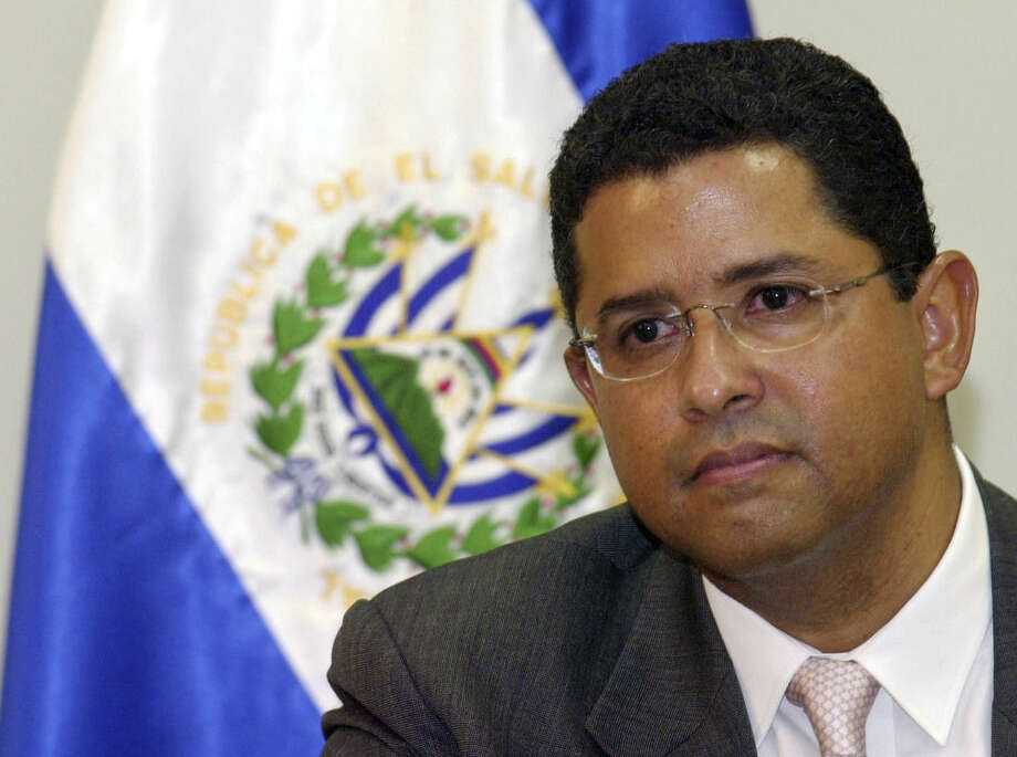 FILE - In this Jan. 13, 2005 file photo, former President of El Salvador Francisco Flores announces his candidacy for Secretary General of the Organization of American States (OAS) at the presidential house in San Salvador, El Salvador. The party of former Salvadoran President Francisco Flores says the 56-year-old has died in a private hospital in the capital after suffering a cerebral hemorrhage. Flores had been in coma since undergoing emergency surgery. (AP Photo/Luis Romero, File)