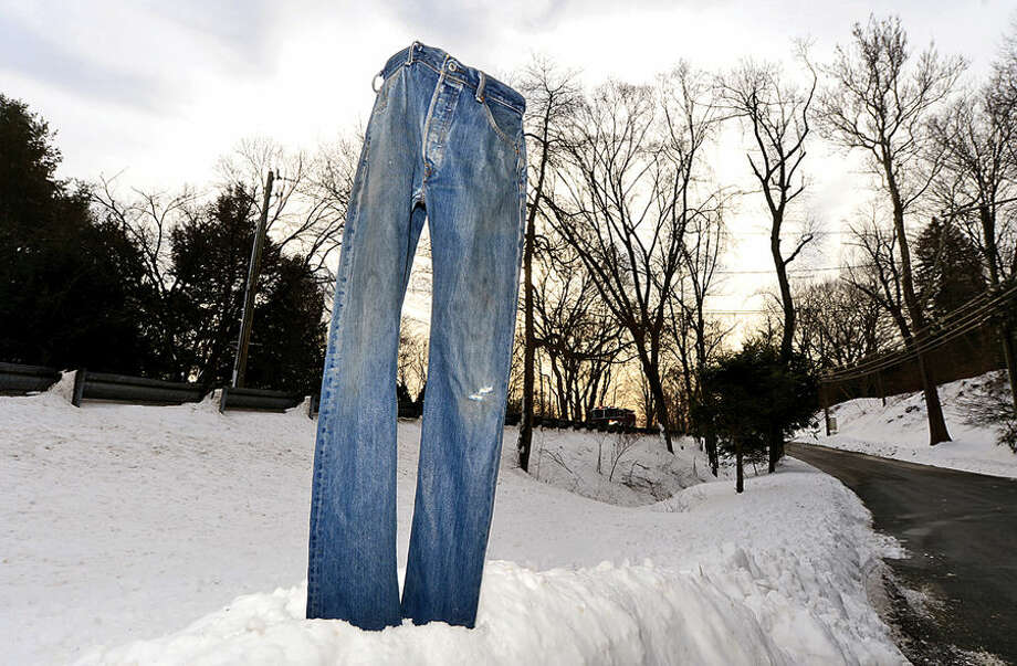Hour photo / Erik Trautmann Frozen blue jeans standing at Wilton Road and Overlook in Westport. The display follows a pants-freezing trend that has been taking the nation by storm since it's inception in Minnesota several years ago.