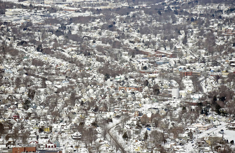 This aerial photo shows blankets of snow after a winter storm Wednesday, Jan. 28, 2015, in New London, Conn. (AP Photo/The Day, Sean D. Elliot) MANDATORY CREDIT