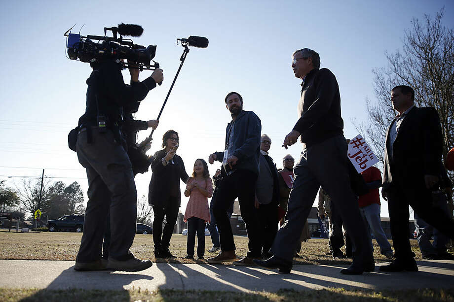 Republican presidential candidate, former Florida Gov. Jeb Bush departs after a campaign stop Thursday, Feb. 11, 2016, at University of South Carolina campus at Sumter, S.C. (AP Photo/Matt Rourke)
