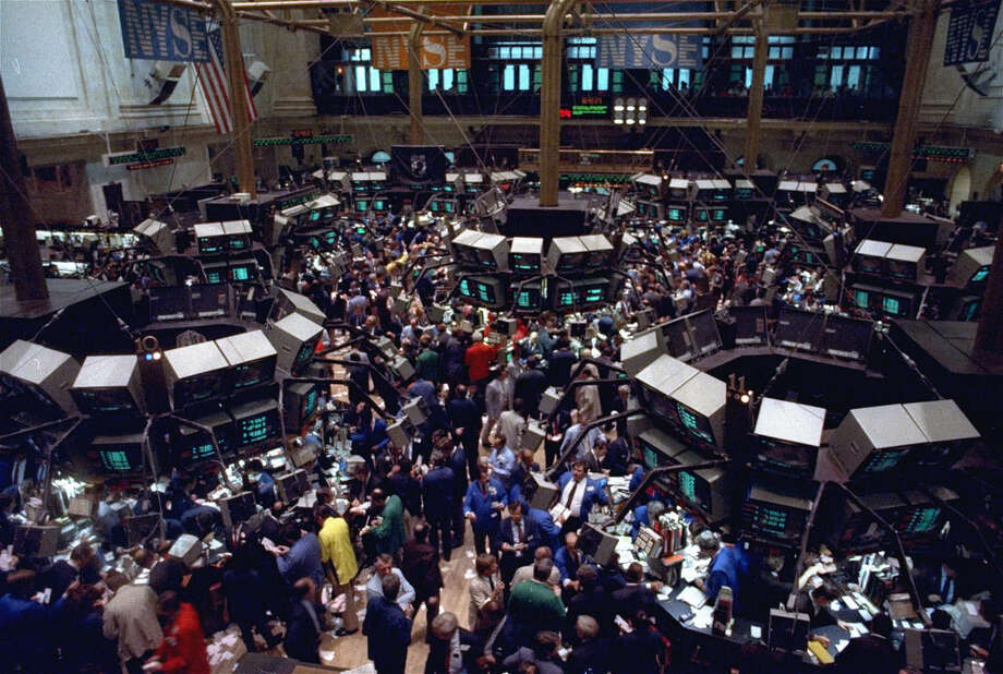 As trading pits close, traders yearn