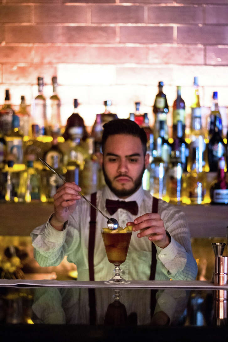 The bar scene is the new tourist attraction in Mexico City's Colonia Juarez neighborhood.