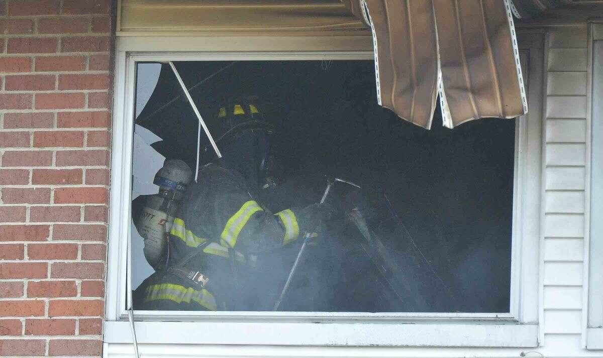 Hour Photo/Alex von Kleydorff Condo fire at Nor-West Complex