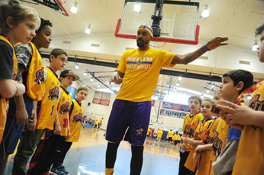 The Harlem Wizards visited Brien McMahon in Norwalk on Sunday. Hour photo/Matthew Vinci