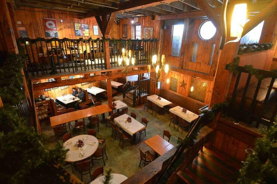 Hour Photo/Alex von Kleydorff The main dining room at Bobby Q's in Westport