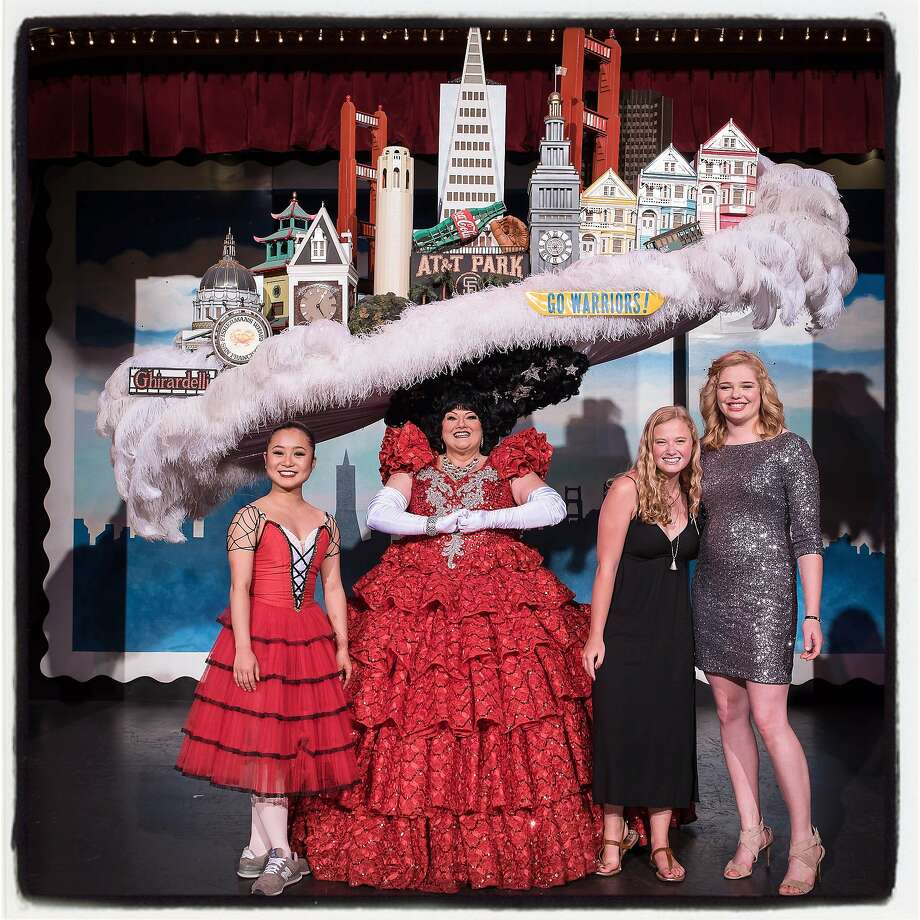 """""""Beach Blanket Babylon"""" cast member Tammy Nelson (center) with the Steve Silver Foundation Scholarship for the Arts winners (from left) Mari Kojima, Sierra Stephens and Cate Hayman at Club Fugazi. Photo: Rick Markovich, Special To The Chronicle"""